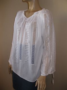 Romanian peasant blouse with lace - White Chamomile - size L by RealRomania on Etsy Beautiful Blouses, Peasant Blouse, Silk Thread, White Silk, Collar And Cuff, Classic Beauty, Hand Embroidery, Tunic Tops, Pure Products