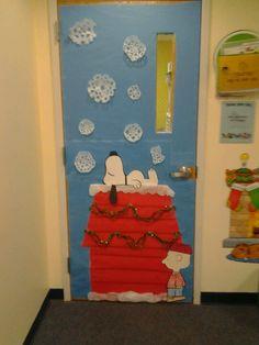 540 × 720 pixels - Home Page School Door Decorations, Christmas Door Decorations, Dorm Decorations, Christmas Art, Decoration Crafts, Snoopy Classroom, Classroom Door, Classroom Themes, Seasonal Classrooms