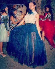 Trasparenza e leggerezza per il vestito @oxanafashion con Maxi fiore @rinaldelli1930 Foto di Backstage.  #cappello #cappelli #hat #instalike #instafun #instalife #fashion #womenfashion #madeinitaly #livorno #madeinitaly #moda #modadonna #fascinator #artigianato #modisteria #modella #modelle #fashionphoto #accessori #stile #style #l4l #concorso #modella #modelle #bellezza #model #girl