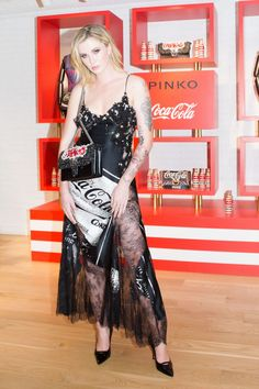 #Collection, #IrelandBaldwin, #NewYork, #Party Ireland Baldwin - Pinko x Coca Cola Capsule Collection Launch Party in New York 09/12/217 | Celebrity Uncensored! Read more: http://celxxx.com/2017/09/ireland-baldwin-pinko-x-coca-cola-capsule-collection-launch-party-in-new-york-0912217/