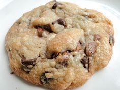 Tar Heel Taste Bud: Chewy Chocolate Chip Snickers Cookies