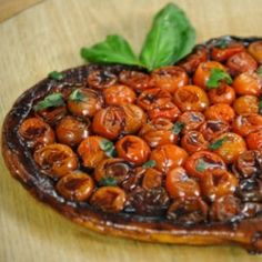 tatin de tomates cerises et son caramel de balsamique