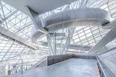 Musée des Confluences in steel glass and concrete by Coop Himmelblau Futuristic Architecture, Architecture Photo, Contemporary Architecture, Confluence Lyon, Glass Structure, Himmelblau, Architect Design, Interior And Exterior, Concrete