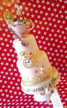 Great Alice in Wonderland Cake