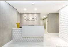 Boutique Interior, Lobby Interior, Small Reception Desk, Reception Desk Design, Clinic Interior Design, Clinic Design, Office Ceiling Design, Esthetics Room, Medical Office Design