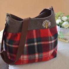赤いバッグ② 最近お嫁入りしたバッグ。