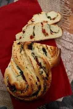 girlichef: Pane Bianco filled w/ Roasted Garlic, Sundried Tomato, & Basil {Bread Baking Babes}