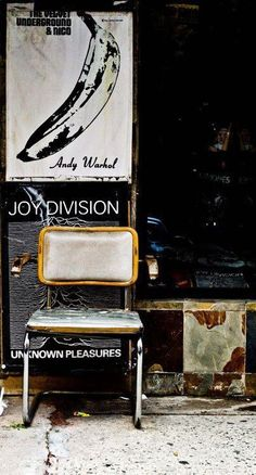 the Velvet Underground & Joy Division. Joy Division, The Velvet Underground, Andy Warhol, Sound Of Music, Music Is Life, El Rock And Roll, The Wombats, Ian Curtis, Rhapsody In Blue