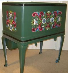 The art form is called rosemaling, which is a European folk art. Tole Painting, Painting On Wood, Rosemaling Pattern, Norwegian Rosemaling, German Folk, Fashion Painting, Traditional Paintings, Painting Cabinets, Furniture Makeover