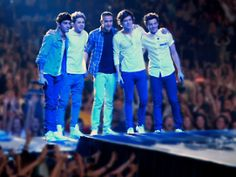One Direction 'This Is Us' Trailer: Slightly Sappy, Super Sexy
