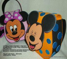 Paso a paso elaboración bolsos carteras en foami goma eva de Mickey y Minnie Mouse. Molde gratis
