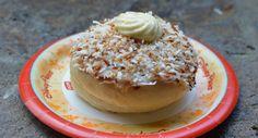 Epcot Norway Kringla Bakeri og Kafe School Bread 3 fb crop