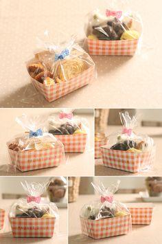 Bake Sale Packaging, Baking Packaging, Food Box Packaging, Bread Packaging, Dessert Packaging, Food Packaging Design, Cookie Box, Cookie Gifts, Food Gifts