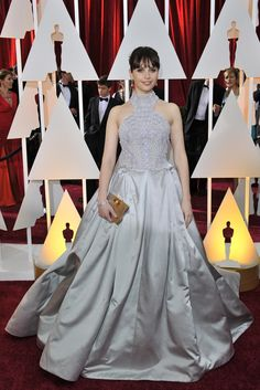 Felicity Jones in Alexander McQueen and Van Cleef & Arpels on the Oscars 2015 Red Carpet. [Photo by Donato Sardella]