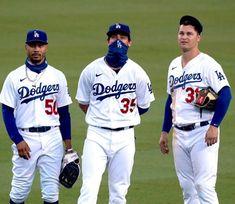 Dodgers Win, Dodgers Nation, Baseball Boys, Baseball Cards, Justin Turner, Blue Da Ba Dee, Cody Bellinger, Dodger Blue, The Outfield