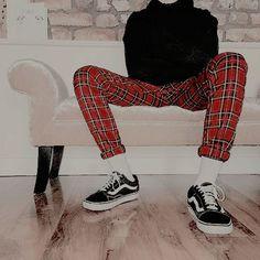Login - Men's style, accessories, mens fashion trends 2020 Grunge Outfits, Mode Outfits, Fashion Outfits, Fashion Trends, Street Fashion Inspiration, Fashion Boots, Fashion Fashion, Edgy Teen Fashion, Skate Fashion