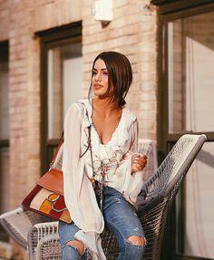 """Camila Coelho on Instagram: """"In @chloe - enjoying that sunset light (Thanks for the photo @leofaria ) #nyfw -------- Usando @chloe , no clique de @leofaria - com essa luz linda do por do sol! O dia foi corrido mas super produtivo! Amanhã começo a assistir os desfiles! #fhitsny @fhits"""""""