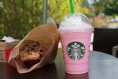Qotd: What is your favorite Starbucks drink or food there? Leave it in the comments;)
