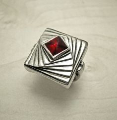 Pyramid ring,square sterling silver ring,Garnet ring,gemstone ring, unique modern ring,handmade fantasy ring,square ring,pyramid garnet ring