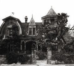 vintagegal:    The Munsters house, 1313 Mockingbird Lane