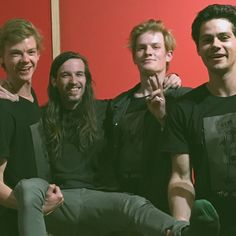 Find images and videos about dylan o'brien, the maze runner and thomas brodie sangster on We Heart It - the app to get lost in what you love. Maze Runner Thomas, Maze Runner Cast, Maze Runner Series, O Daddy, New Twitter, O Brian, Thomas Brodie Sangster, Dylan O'brien, Handsome Boys