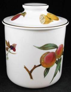 Royal Worcester EVESHAM GOLD Medium Canister Peach Raspberry Lemon Apple A+ #ROYALWORCESTER
