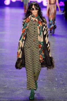 Anna Sui Fall 2016 Ready-to-Wear Fashion Show - Jamie Bochert