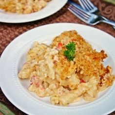 Lobster Mac N Cheese.A wonderful holiday or special occasion dish. Seafood Dishes, Fish And Seafood, Seafood Recipes, Entree Recipes, Fall Recipes, Cooking Recipes, Lobster Mac And Cheese, Picnic Foods, Breakfast Lunch Dinner