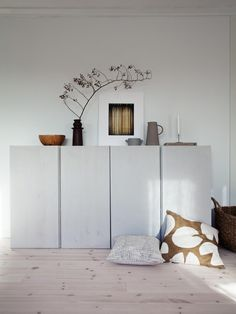 Home Decorating Ideas Modern Living room sideboard cabinet storage Ikea Ivar Hack lacquered light gray white deco . - Wohnzimmer Sideboard Schrank Stauraum Ikea Ivar Hack lackiert hellgrau weiß Dek… Home Decorating - Living Room Grey, Living Room Modern, Home And Living, Living Room Designs, Living Room Decor, Ikea Living Room Storage, Storage Room, Storage Ideas, Living Area