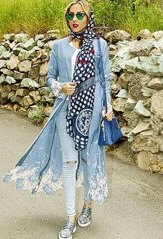 Street style in Iran (Yes, there is a difference between Iran and the Islamist extremists of the Daesh)