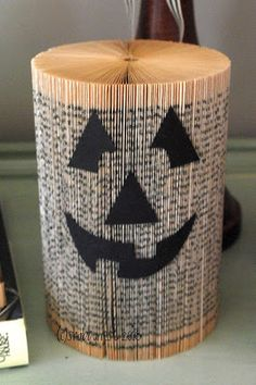 Jack-o-lanterns made from old books.  Brilliant!!