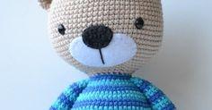 Antes de comenzar la cabeza debes tener preparada la nariz.   Con color negro.   Montar 5 cadenetas.   Empezar trabajando en la segunda... Crochet Animals, Crochet Toys, Kit Bebe, Handmade Soft Toys, Hello Kitty, Beanie, Pattern, Crafts, Color