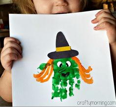 handprint witch halloween craft manualidades infantil Handprint Witch Craft for Kids to Make - Crafty Morning Halloween Infantil, Halloween Bebes, Halloween Crafts For Toddlers, Halloween Art Projects, Halloween Arts And Crafts, Halloween Canvas, Crafts For Kids To Make, Toddler Crafts, Preschool Crafts