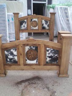 camas rusticas con piel o sin piel de vaca siguenos en fb Rita's place zebra furniture