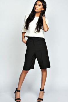 Yasmina Longer Length City Style Shorts