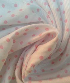 Tela Piqué de Canutillo Blanca con Lunares Rosas
