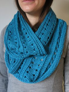 17230012b077e PATTERN Simple Textured Cowl Knitting Pattern PDF
