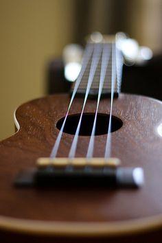 Lanikai Ukulele :) I specifically wanted THIS UKE for a reason ! Ukulele Tumblr, Lanikai Ukulele, Ukulele Art, Banjo, Instruments, Guitar Solo, Music Class, Mandolin, Iphone Wallpaper