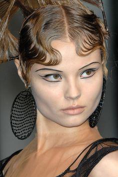 Jean Paul Gaultier Spring 2009 Couture Fashion Show Details