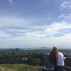 Pinterest emmadearlove :) One Tree Hill, Auckland is one of my favourite places to picnic. I would bring everyone here if I could