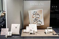 Bortolin Gioielli Udine - le nostre vetrine #damiani #gioielli #orologi. Visita il nostro sito www.bortolingioielli.it