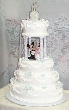 Now a day's there are a multitude of trends, ideas and themes to design the wedding cake topper. Description from weddingvendors.com. I searched for this on bing.com/images