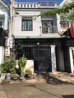 Bán căn nhà 1 trệt 1 lầu có 4 phòng trọ gần chợ Tân Long