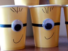 Minion Party Cups Tutorial Me Rebecca Autry Creations Minions Birthday Theme, 3rd Birthday Parties, Birthday Fun, Birthday Ideas, Despicable Me Party, Minion Party, Ideas Prácticas, Party Ideas, Its My Bday