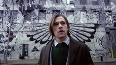 Last night, SyFy aired the pilot to its other show based on a recent novel, Lev Grossman's The Magicians. While the rest of the show will be airing in January, the pilot gives us an idea of how the network has adapted the show for cable television. Fantasy Tv Shows, Sci Fi Fantasy, Fantasy Series, Sci Fi Movies, Movies To Watch, Best Tv Shows, Movies And Tv Shows, Jason Ralph, The Magicians Syfy