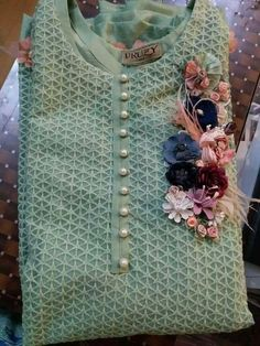 We have a large collection of neck design of kurtis and kameez for ladies. Salwar Suit Neck Designs, Kurta Neck Design, Neck Designs For Suits, Neckline Designs, Dress Neck Designs, Designs For Dresses, Sleeve Designs, Blouse Designs, New Kurti Designs