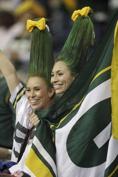 Now that's some kinda hair!!! Green_Bay_Packers