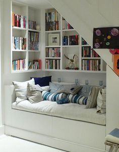 reading nook stairs