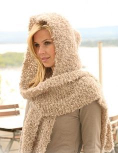 """Size: One-size  Width: 25 cm / 9 3/4""""  Length: 130 cm / 51""""  Loop mohair from Italy in a fantastic and wonderful luxury blend of 94% mohair and 6% polyamide. Softest yarn! Creates very light garments"""