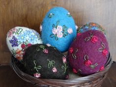 Felted Easter eggs with embroidery